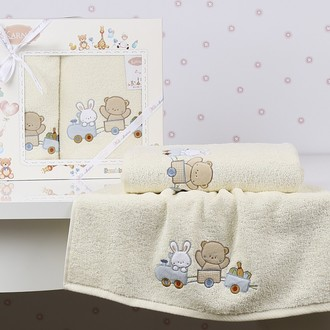 Набор полотенец детских в подарочной упаковка Karna BAMBINO-TRAIN махра кремовый