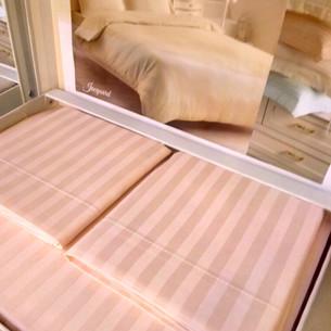 Постельное белье Tivolyo Home JAQUARD сатин-жаккард розовый семейный