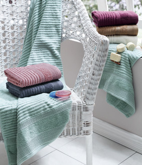 Подарочный набор полотенец для ванной La Villa RITA хлопковая махра 50*90, 70*140 (розовый)