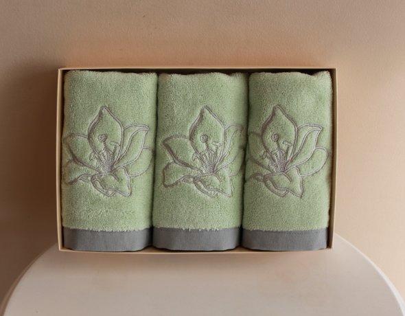 Набор полотенец для ванной в подарочной упаковке 32*50 3 шт. Soft Cotton LILIUM хлопковая махра светло-зелёный, фото, фотография