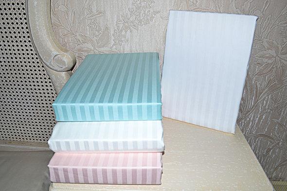 Простынь с наволочками Tivolyo Home JAQUARD страйп-сатин (белый) 240*260, фото, фотография