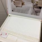 Постельное белье с простынью-покрывалом для укрывания пике Tivolyo Home GEO экрю евро, фото, фотография