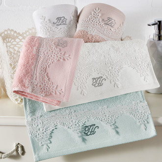 Набор полотенец для ванной в подарочной упаковке 30*50(3) Tivolyo Home JULIET хлопковая махра (кремовый)