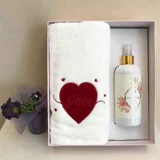 Полотенце для ванной и ароматический спрей Tivolyo Home RED LOVE хлопковая махра