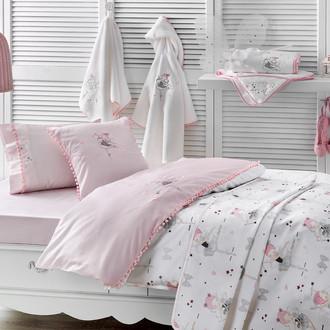Комплект детского постельного белья в кроватку с вышивкой с пледом-пике Tivolyo Home MISS BALERINE хлопковый сатин делюкс (розовый)