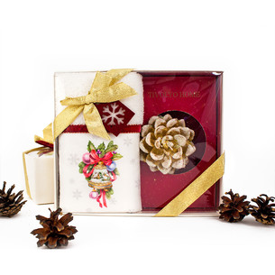 Полотенце в подарочной упаковка + свеча Tivolyo Home RIBBON VELVET хлопковая махра 30х50