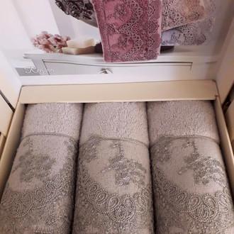 Набор полотенец-салфеток в подарочной упаковке 30*50 3 шт. Tivolyo Home REGINA хлопковая махра бежевый
